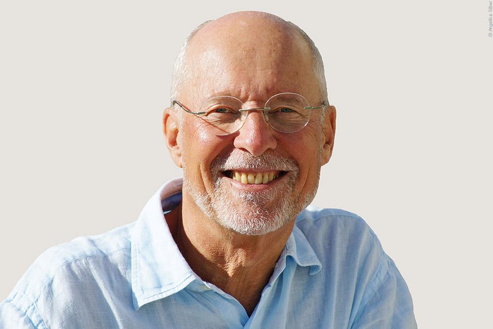 Dr. Ruediger Dahlke zur Phonophorese/Stimmgabeltherapie